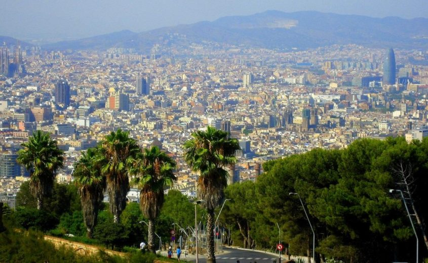 Barcelona reviews eco-friendly hotels, tours, activities