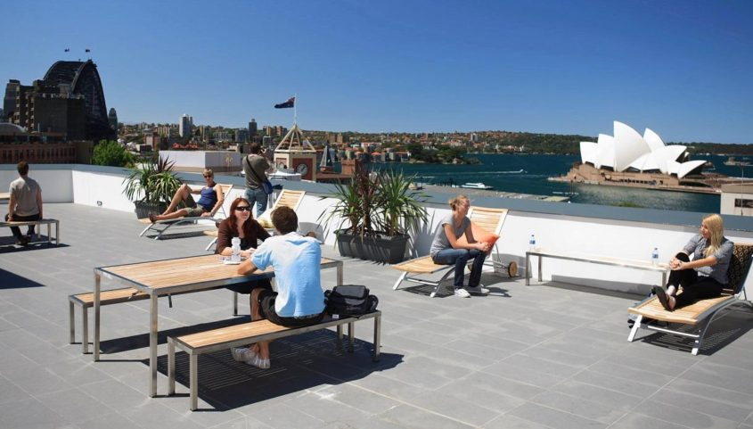 Sydney Harbour YHA - Green City Trips