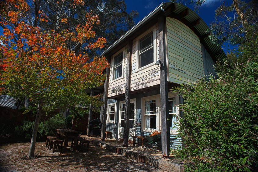 Eco friendly Old Leura Dairy accommodation in the Blue Mountains