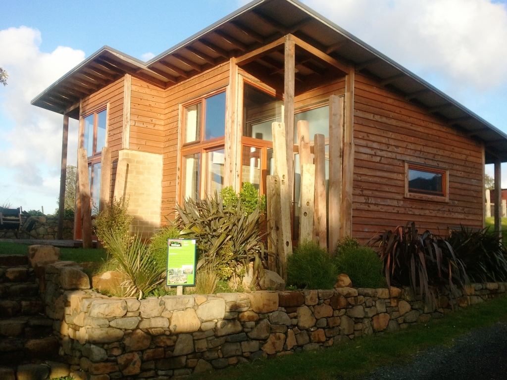 Solscape Accommodation – Eco Retreat in Raglan, New Zealand