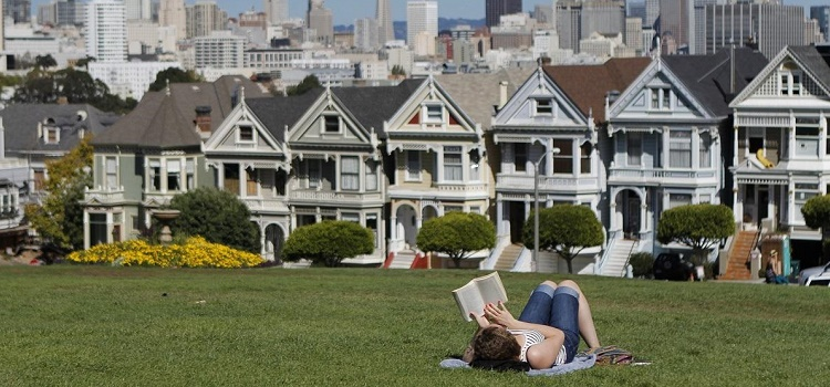 Destination San Francisco: Hotels, Activities and Urban Adventures for Eco-Smart City Travelers
