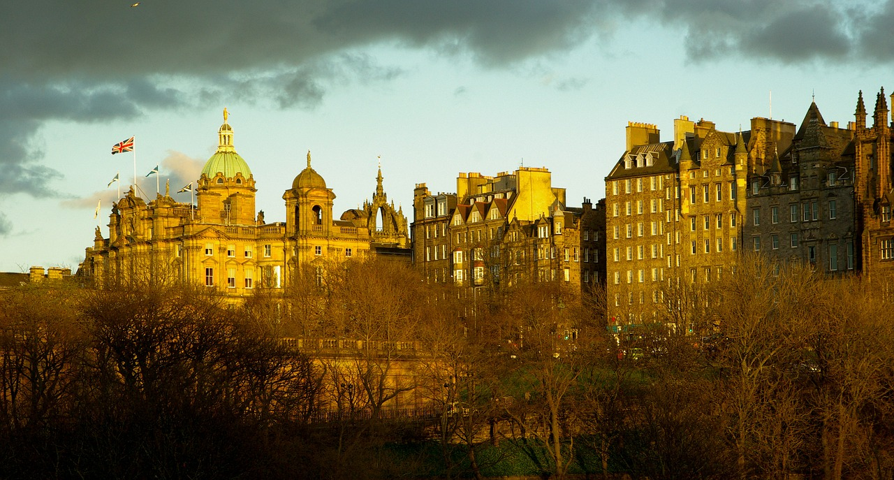 Green city travel destination Edinburgh