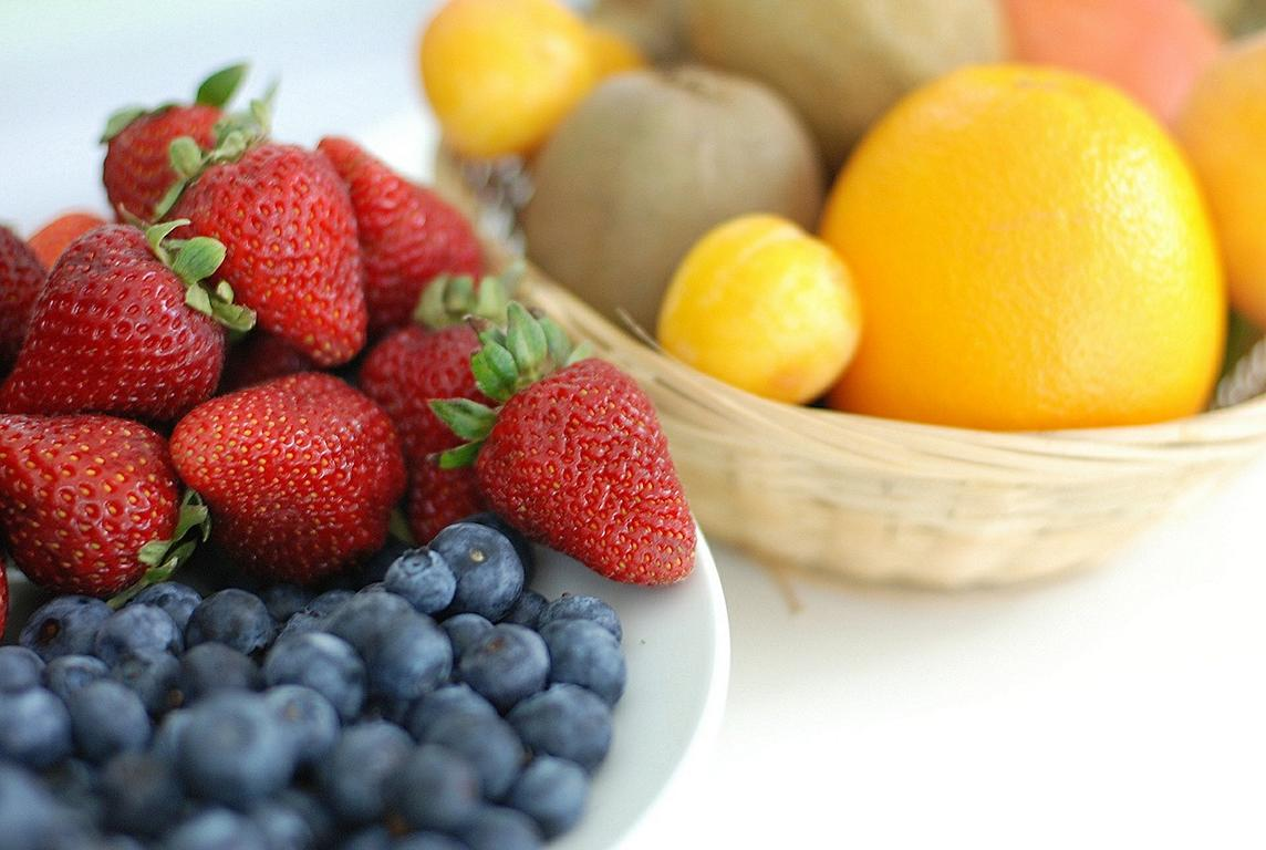 how to eat healthy when traveling