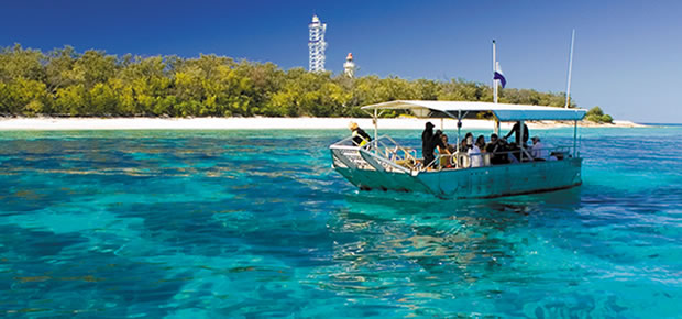 Glass-bottom boat and snorkeling at Lady Elliot Island Eco Resort