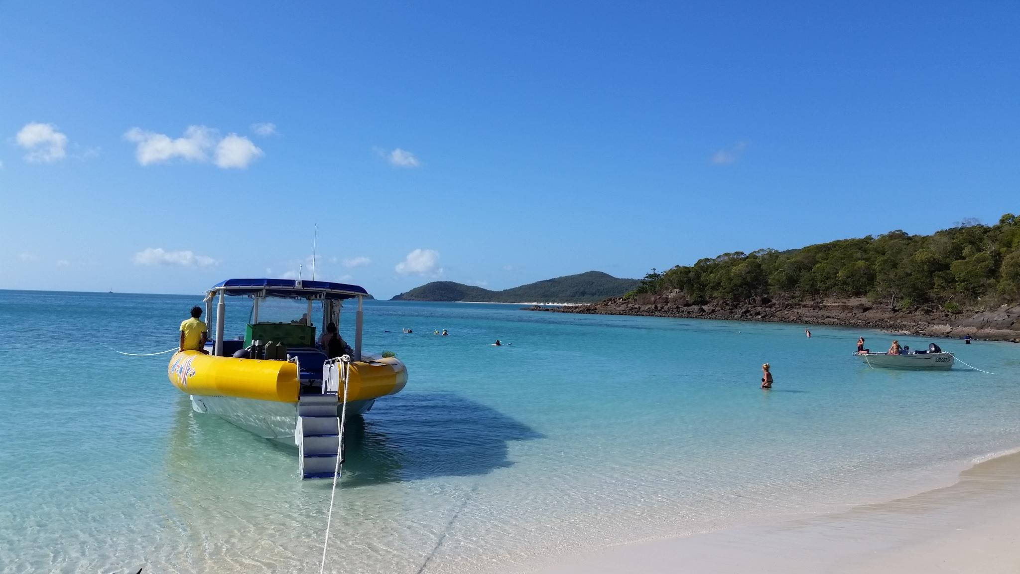 From Brisbane to Cairns: Whitsundays Ocean Rafting
