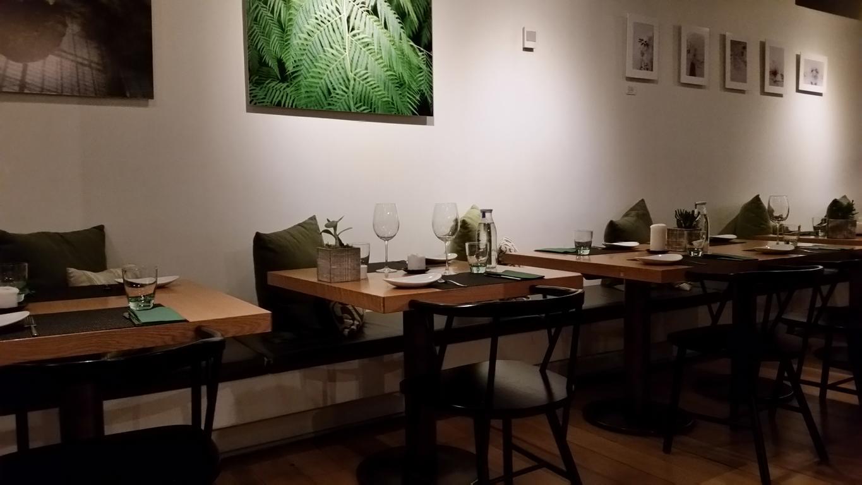 Ambience of Open Brasserie Mediterranica in Lisbon