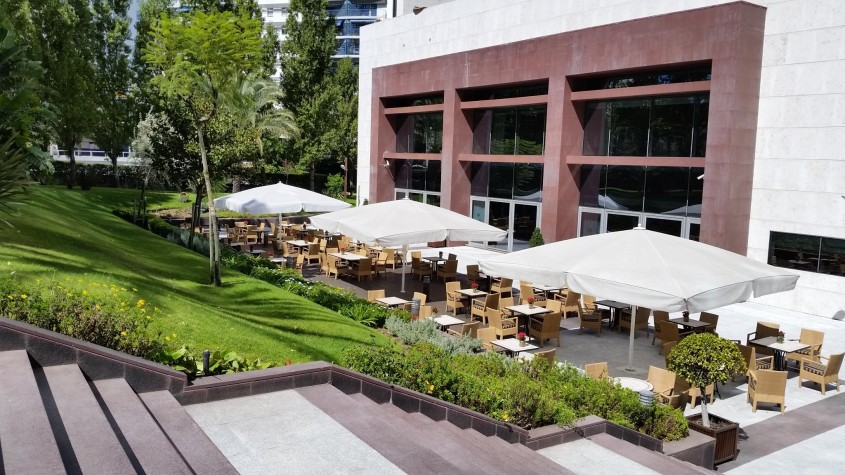Corinthia Lisbon Garden Terrace