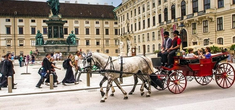 Destination Vienna: Hotels, Eateries and Urban Adventures for Eco-Smart City Travelers