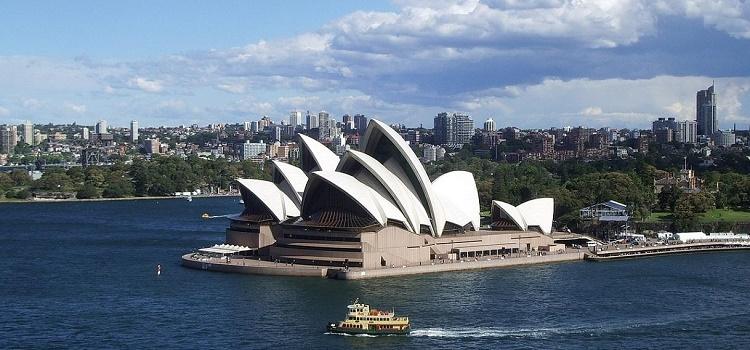 Sydney eco-friendly hotels, tours, restaurants