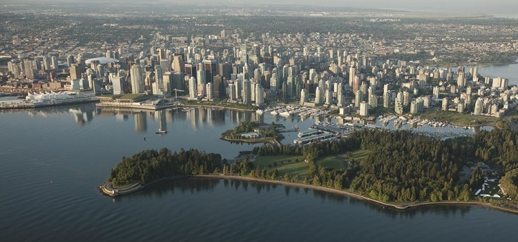 Vancouver eco-friendly hotels, eateries. tours