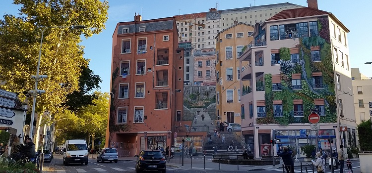 Lyon: Hotels, Tours and Activities for Environmentally Smart City Travelers