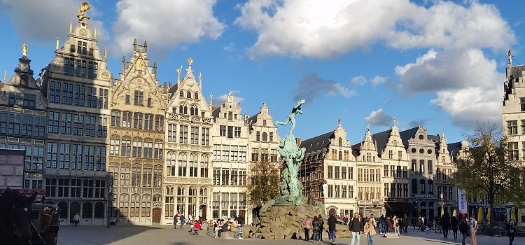 Antwerp: Hotels, Tours and Activities for Enviornmentally Smart City Travelers